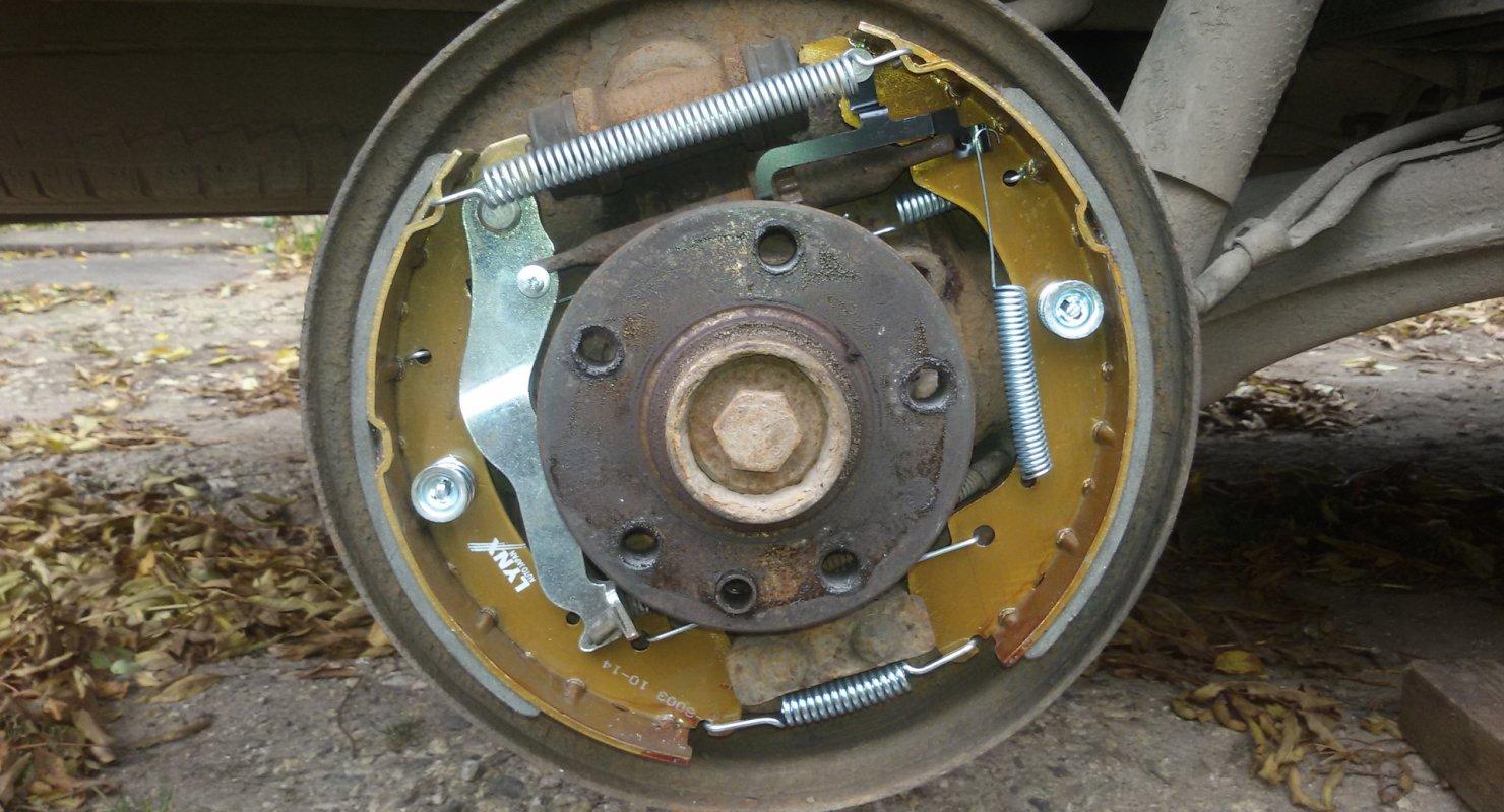Барабанные и дисковые тормоза — особенности, различия Автомобили