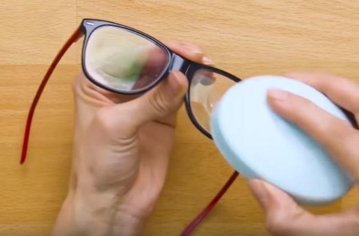 Мыло - лучшее средство. /Фото: youtube.com.