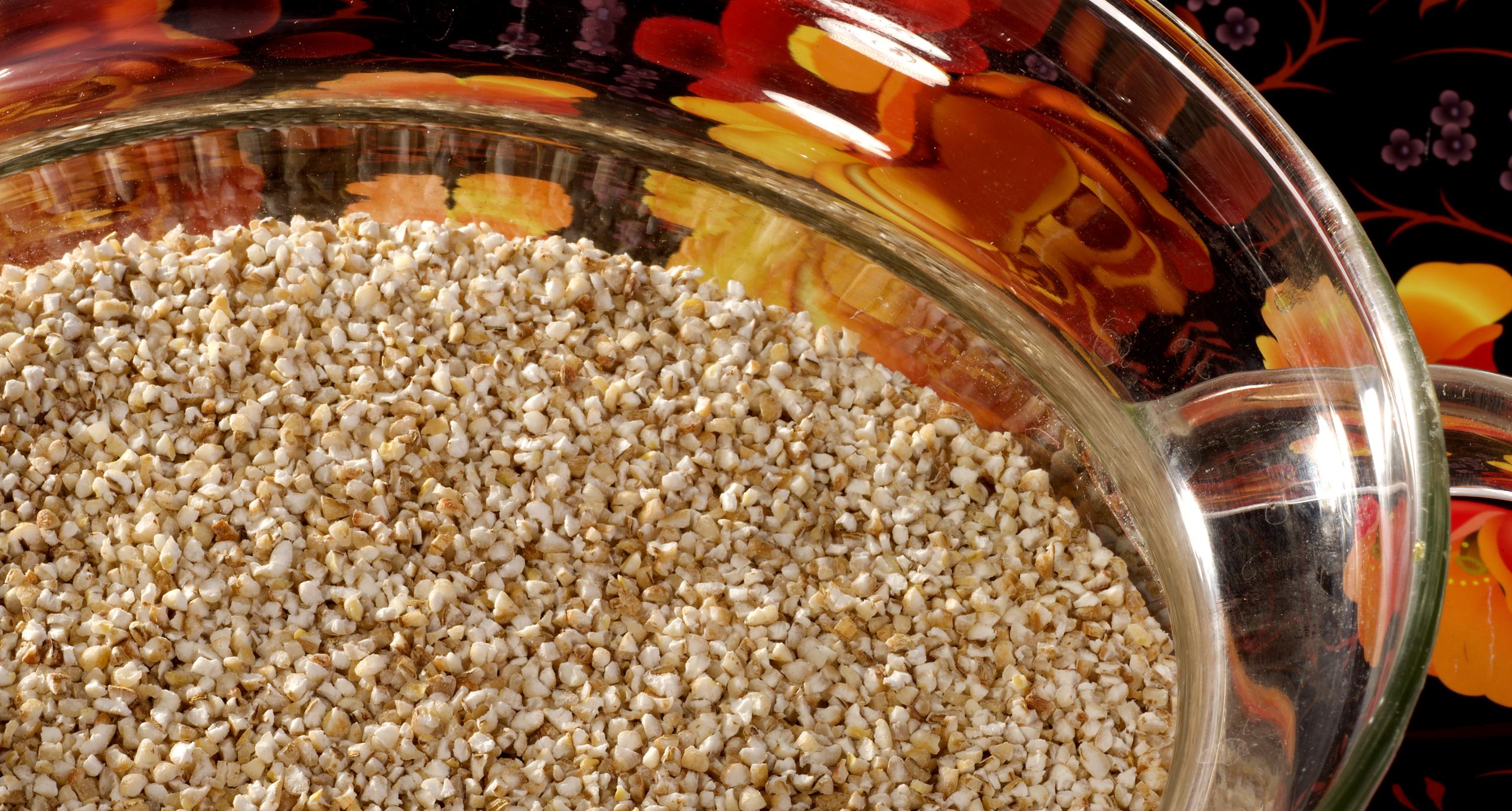 Ячневая крупа: бюджетный продукт, из которого можно готовить не только каши