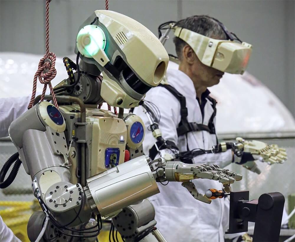 Что такое антропоморфный робот и почему их популярность растет? интересное,роботы,технологии