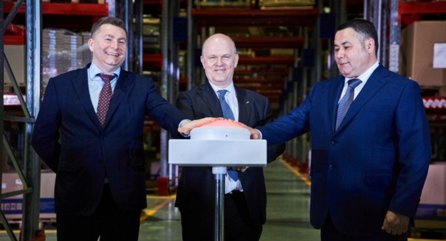 АвтоВАЗ открыл в Твери самый крупный региональный склад запчастей LADA Автомобили