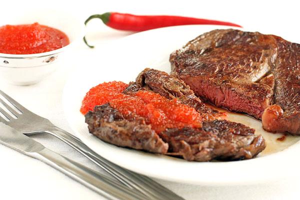 Необычный соус-варенье из острого перца к мясу. Больше не представляю кусок мяса без этого остро-сладкого вкуса!