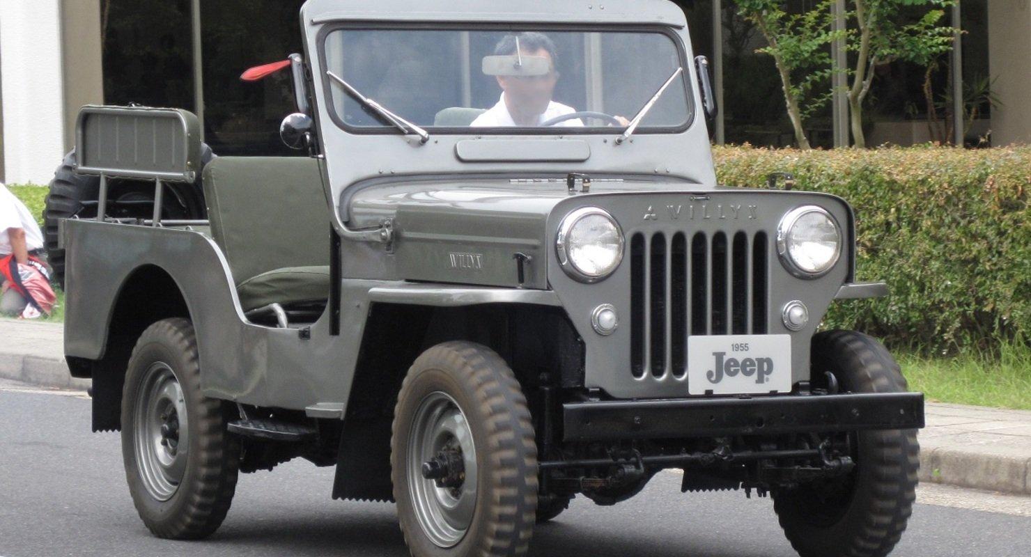 Mitsubishi Jeep — лицензионный внедорожник из 1950-х Автомобили