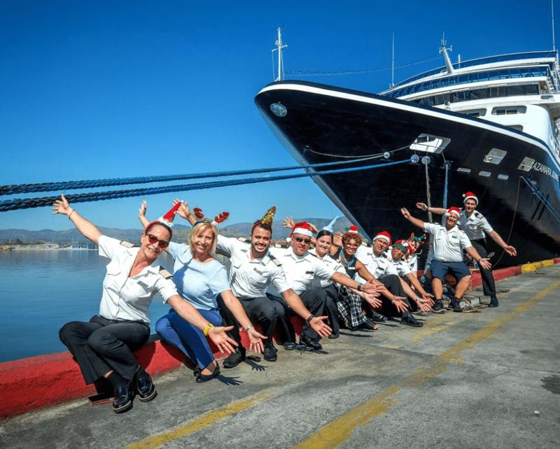 Часть экипажа Empress of the Seas история, лайнер, море, рыбака, спасение, чудо