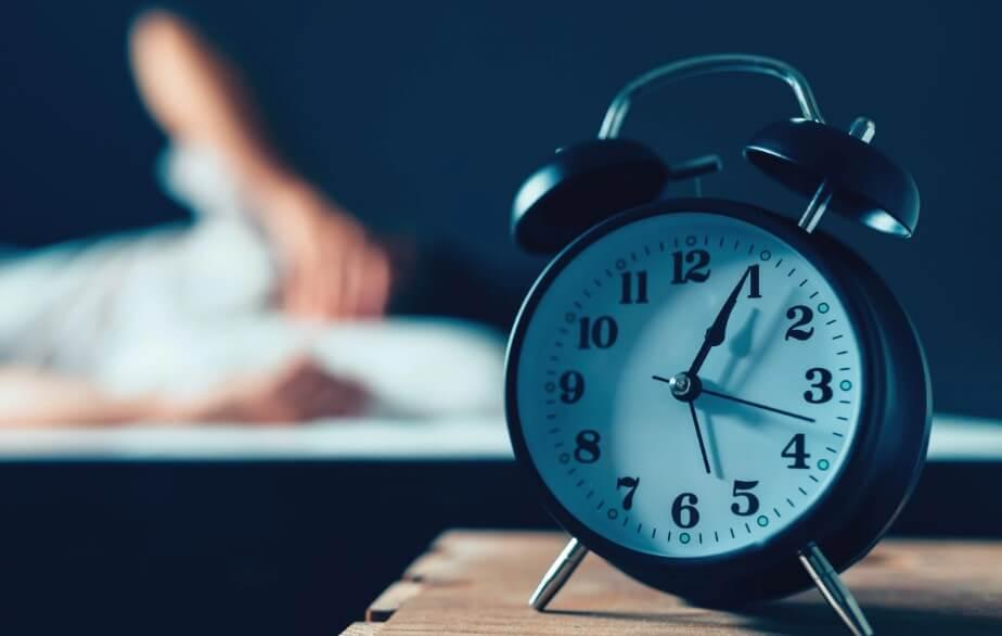 Как нарушение режима сна влияет на работу сердца? Полезное