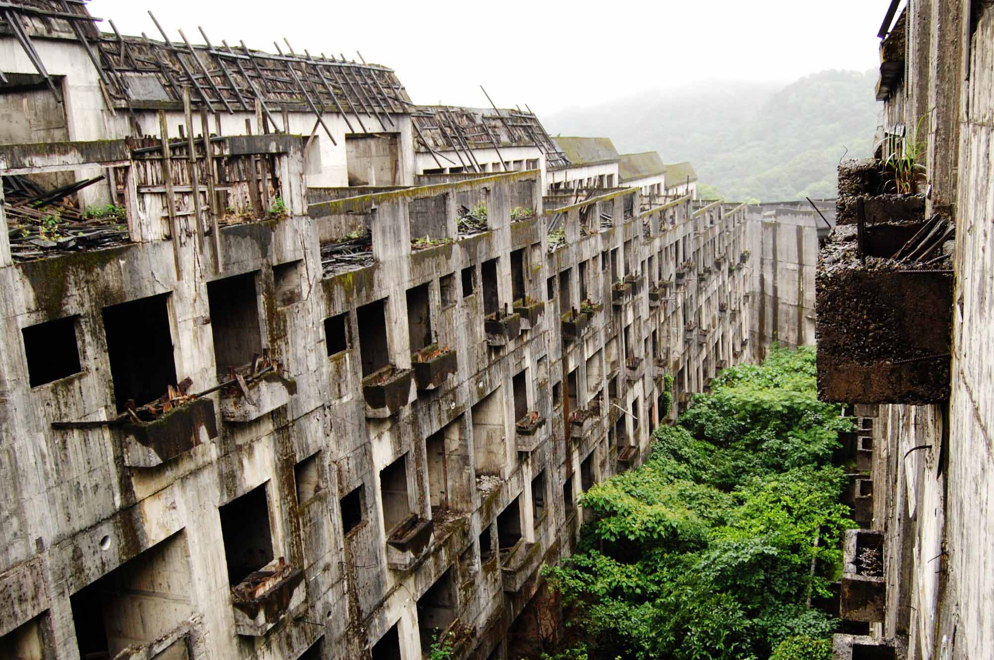 Мертвый остров: почему тысячи людей покинули дома, превратив родную землю в жуткое место? заброшенные места,мир,остров