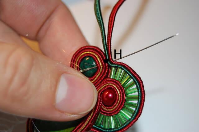 Серьги в технике сутаж: мастер-класс точке, серьги, сутажа, около, бусину, точки, расстоянии, камень, концы, сутажной, вместе, сутажных, стороне, сутажные, куска, контур, который, другую, ткани, стеклярус