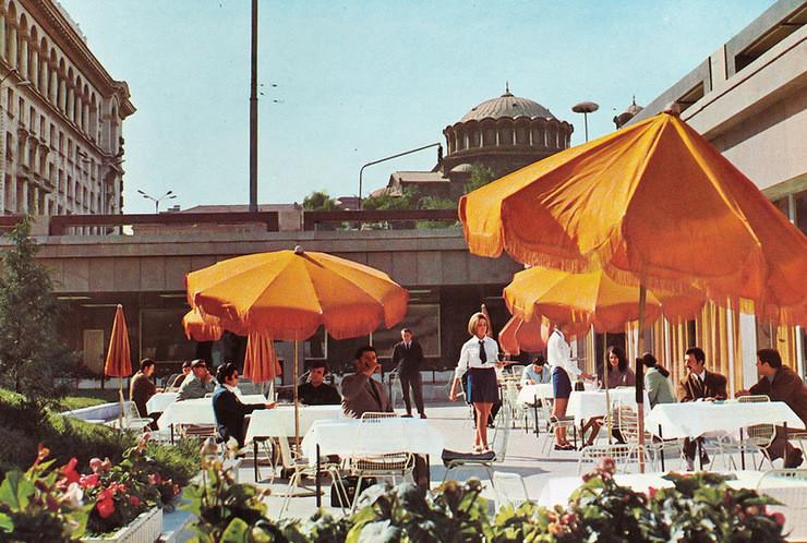 1970е, София Кафе между ЦУМ и отелем Балкан: СССР, болгария, быт, история, это интересно