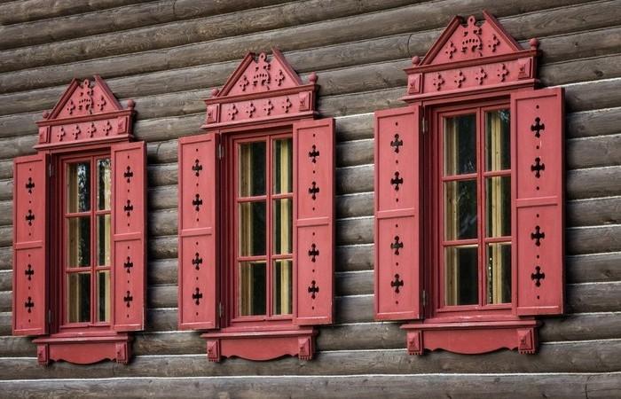 Для чего в старину на окнах делали ставни, а сегодня они стали декоративными