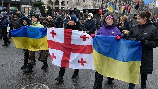 Около 50 тысяч сторонников Саакашвили потребовали импичмента Порошенко