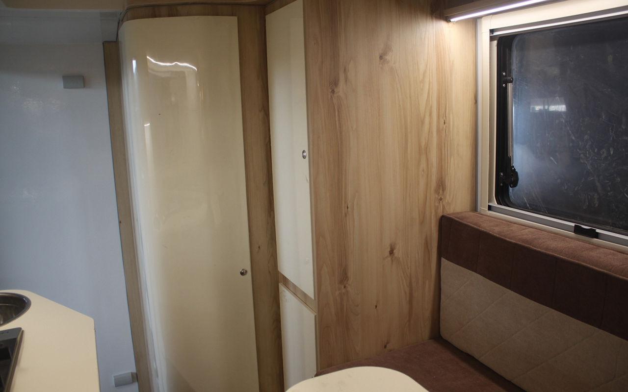Lada Granta за миллион — с кроватью, душем и туалетом! lada granta,авто,авто и мото,автомобиль,автоновости,Россия