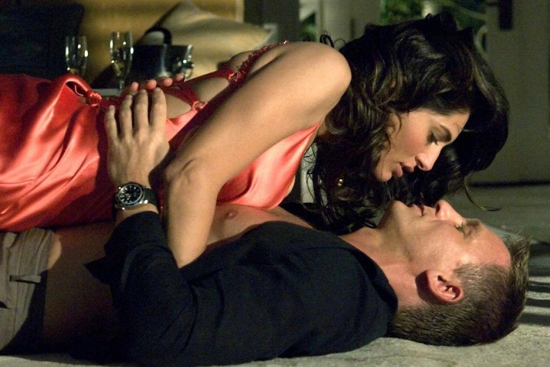 Bond movie sex scenes, voyeur masturbate massage