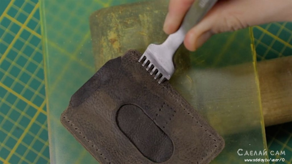 Кожаный карт-холдер из старых ботинок своими руками мастер-класс,новая жизнь старых вещей