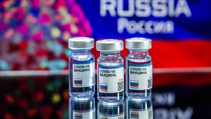 Заказано миллиард доз: Страны выстроились в очередь за русской вакциной геополитика,россия