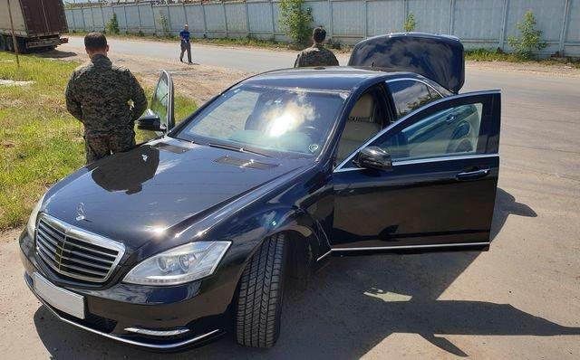В Ростове таможня изъяла у украинца Мерседес за то, что тот сделал ему капремонт авто и мото,автоновости,Россия