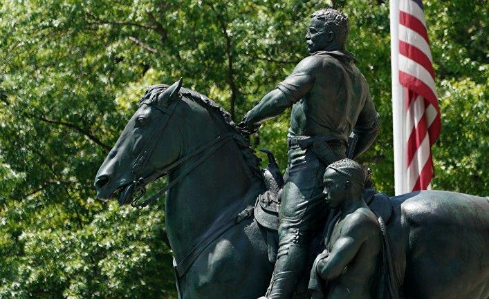 La Vanguardia : русский меценат хочет перевезти в Россию памятник Теодору Рузвельту, который демонтируют в США