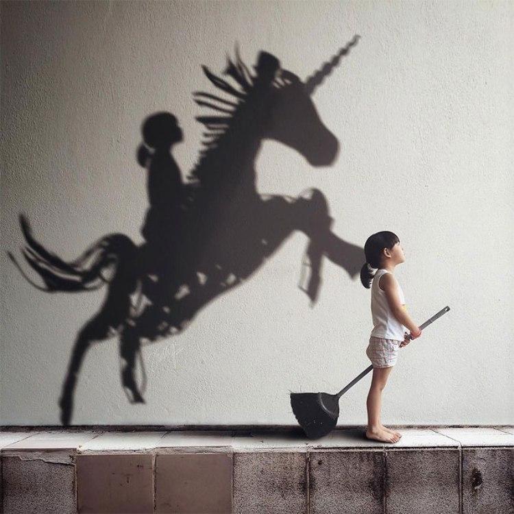 Фотограф создает творческие образы дочери