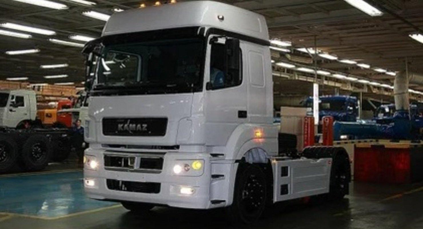 КАМАЗ в апреле увеличил производство на 24% Автомобили