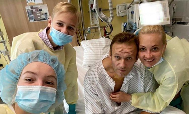 Алексей Навальный рассказал о своем состоянии здоровья после отравления Звезды,Новости о звездах