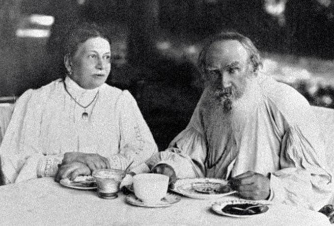 Различия между мужчиной и женщиной на примере семьи Льва Толстого