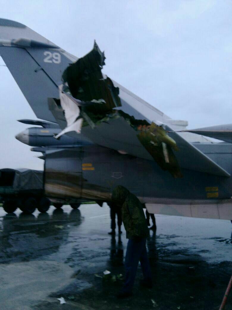 Опубликованы фото поврежденного при обстреле Хмеймима самолета