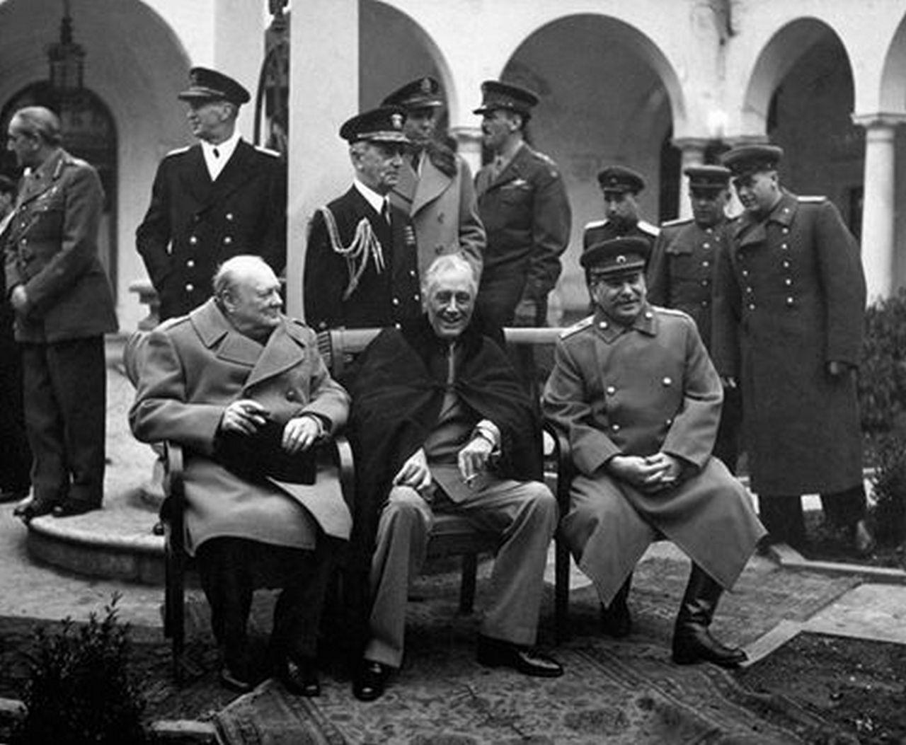 Сталин — самый выдающийся человек всех времён и народов. Юлия Витязева