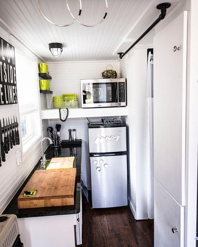 Как можно уместить все на малогабаритной кухне в 5 кв. м