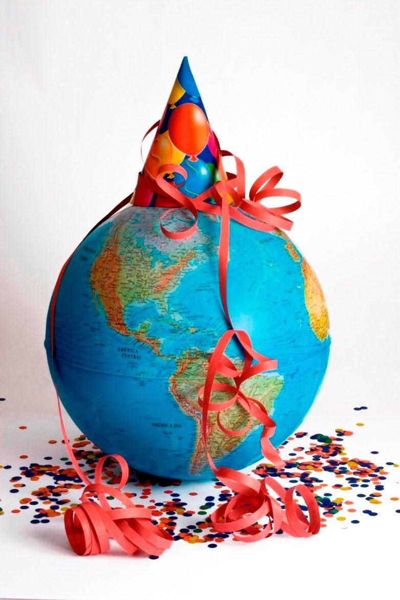 Какие льготы полагаются путешественникам в день рождения день рождения,путешествия,скидки