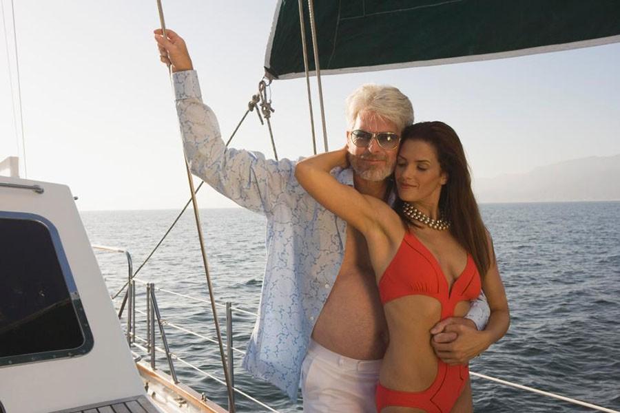 «Сладкие папочки». Встречи с мужчиной постарше по-европейски
