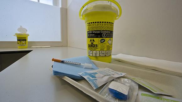 В Париже открылась инъекционная комната для наркоманов