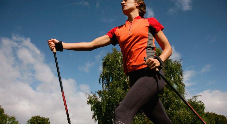 Скандинавская ходьба: подходит всем и очень эффективна