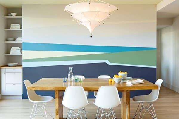 Стена в гостиной, окрашенная латексными красками