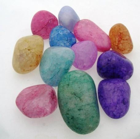 Тайны драгоценных камней: кварца, сапфира, циркона ,чароита...