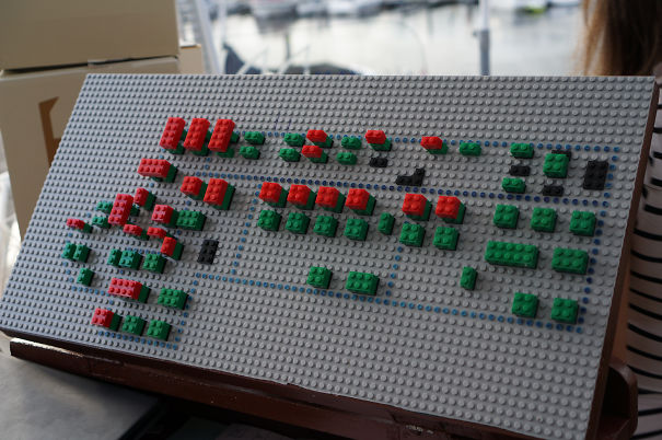 Danish Restaurant Keeps Track Of Occupied Tables Using Lego