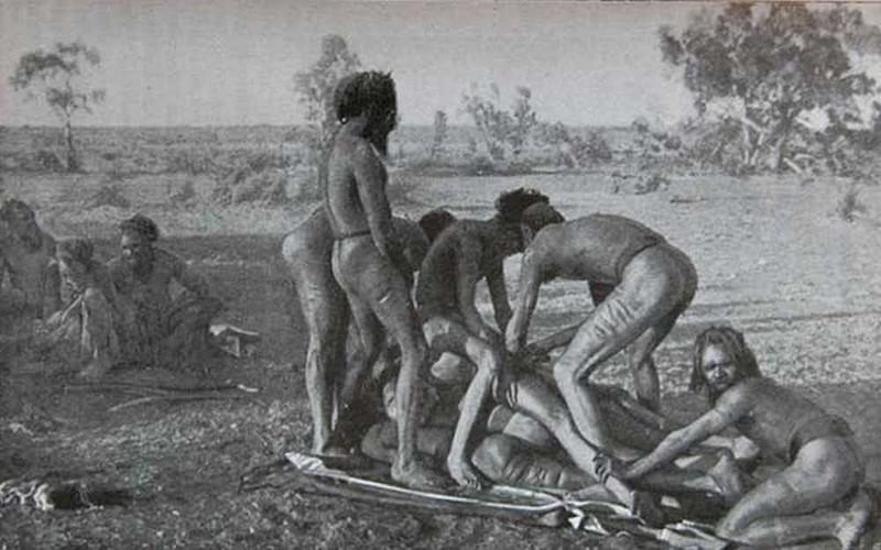 7. Племя Мардуджара, Австралия - обрезание мир, ритуал, странность