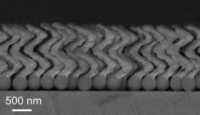 Нанороботов для лечения заболеваний впервые ввели в человеческий глаз наука