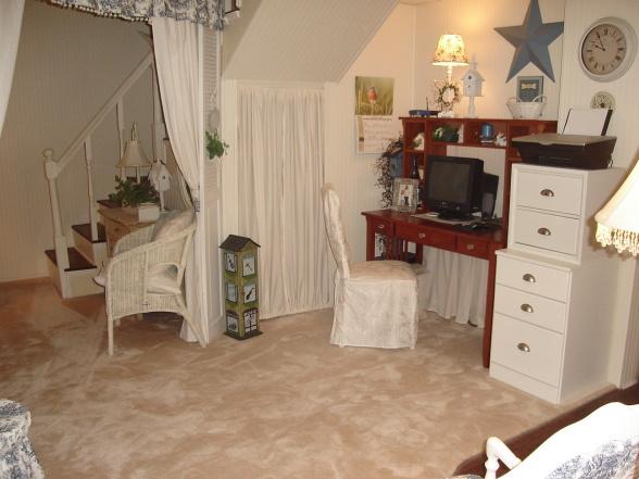 mini-home-office-nook-corner1-1