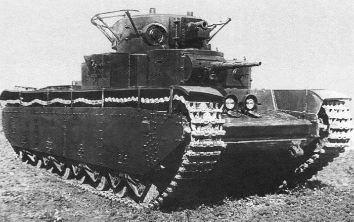 Т-35: как проявил себя в бою первый советский супертанк