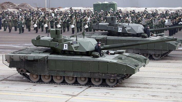 """Русские делают все как АК-47, а мы – как провальный F-35"""": в США поставили """"суперпушку"""" танка """"Армата"""" в пример Пентагону."""