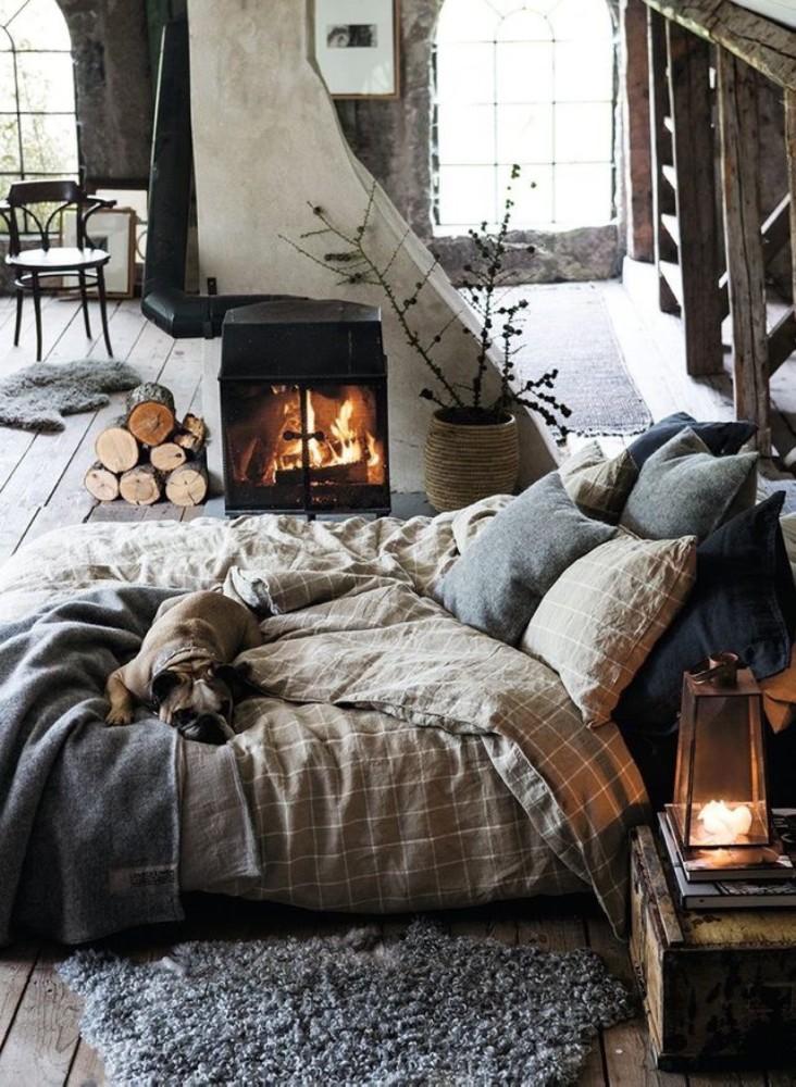 Спальня в цветах: Белый, Светло-серый, Серый, Темно-коричневый, Черный. Спальня в стиле: Кантри.