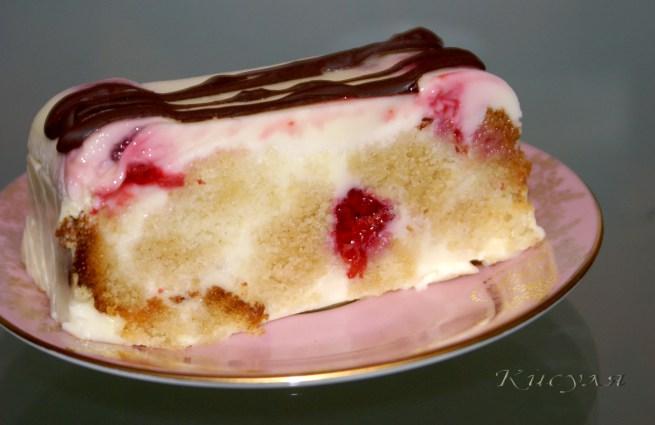 Сметанно-бисквитный десерт с малиной