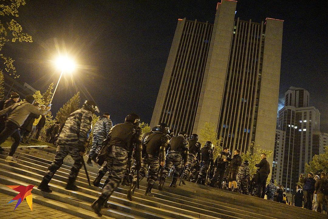 «Вариант компромисса: снести Ельцин-центр и построить на его месте храм»