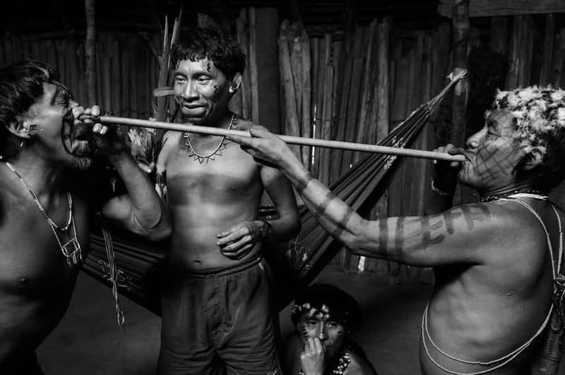 11. Племя Самбия, Папуа - Новая Гвинея - глотание семени мир, ритуал, странность