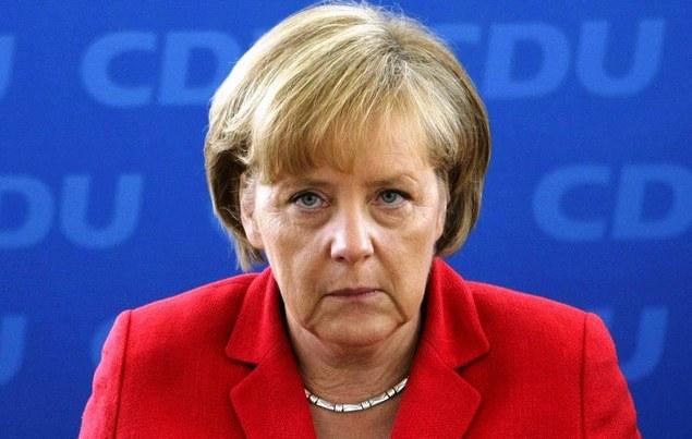"""Меркель: Страны Европы должны отдать свой суверенитет Германии"""""""