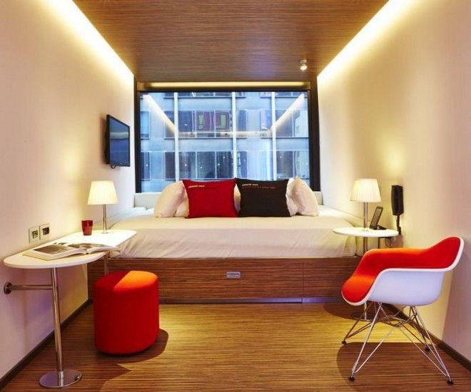 дизайн узкой спальни мебель подвесная