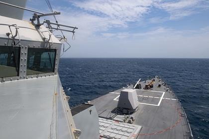 В Черное море направился второй корабль США Мир