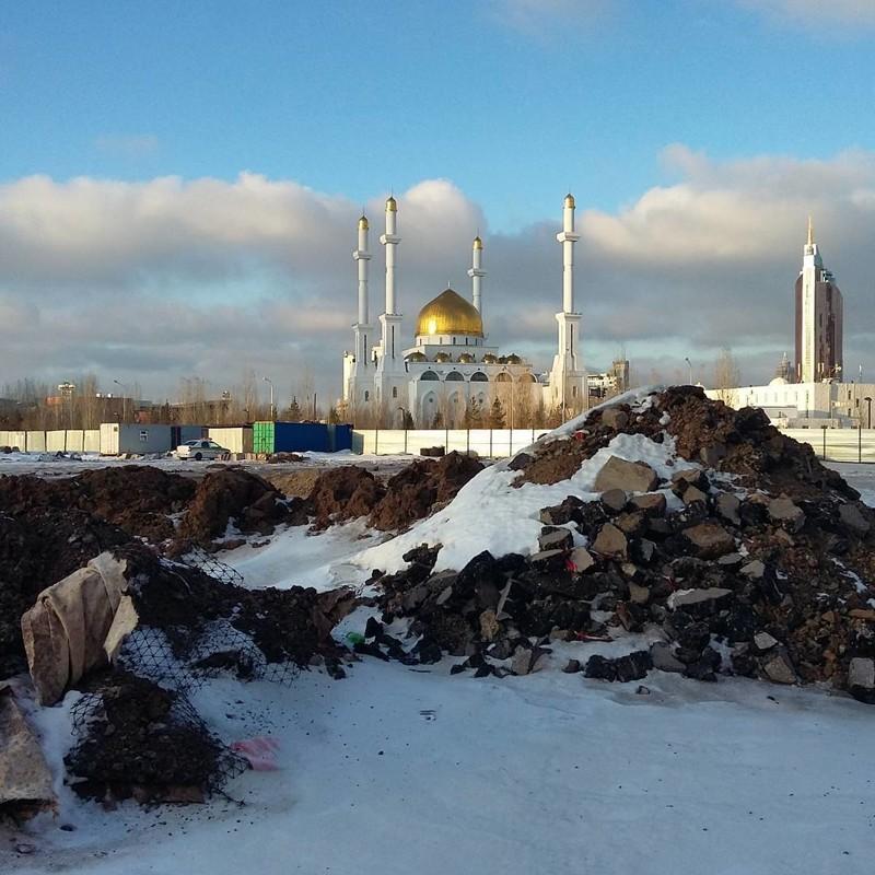 В соседнем Казахстане тоже не без контрастов города, жизнь, контрасты, прикол, россия