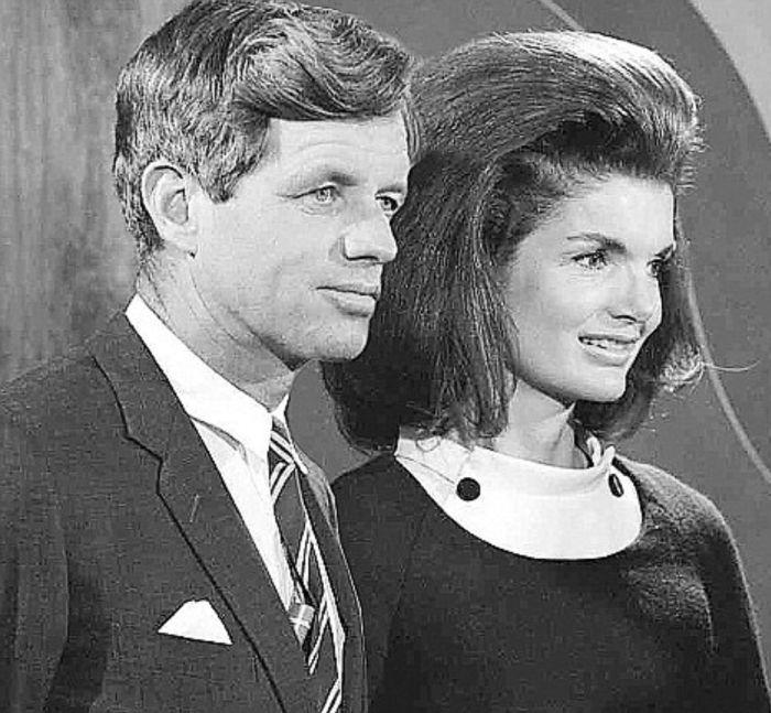 Жаклин и Роберт Кеннеди. / Фото: www.pinimg.com