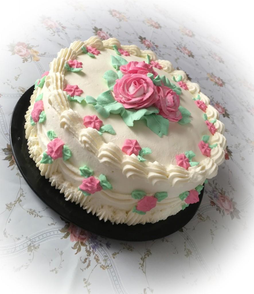 Бисквитный клубничный торт фото 1