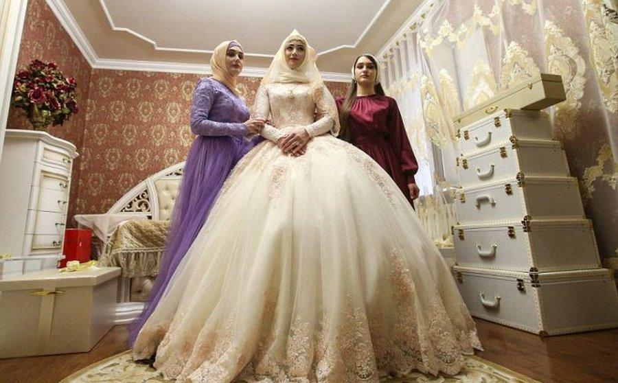 Традиционная чеченская свадь…